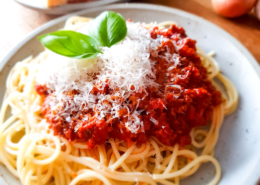 Spaghetti Bolognese - Dein Rezept auf Rezept-Buch.de