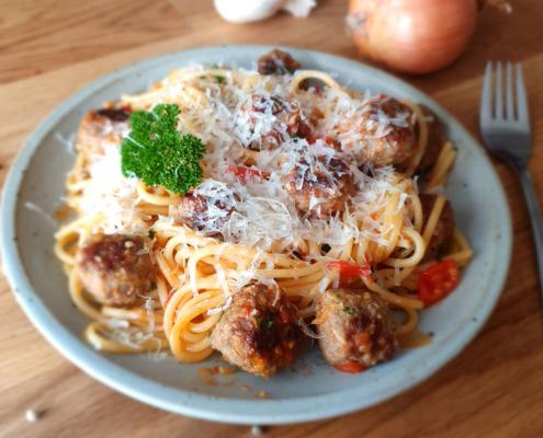 Spaghetti Hackfleischbällchen - Dein Rezept auf Rezept-Buch.de